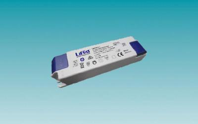 FONTE DE CORRENTE 10.5W / Iout 250MA / Vin 220 ÷ 240V /IP20